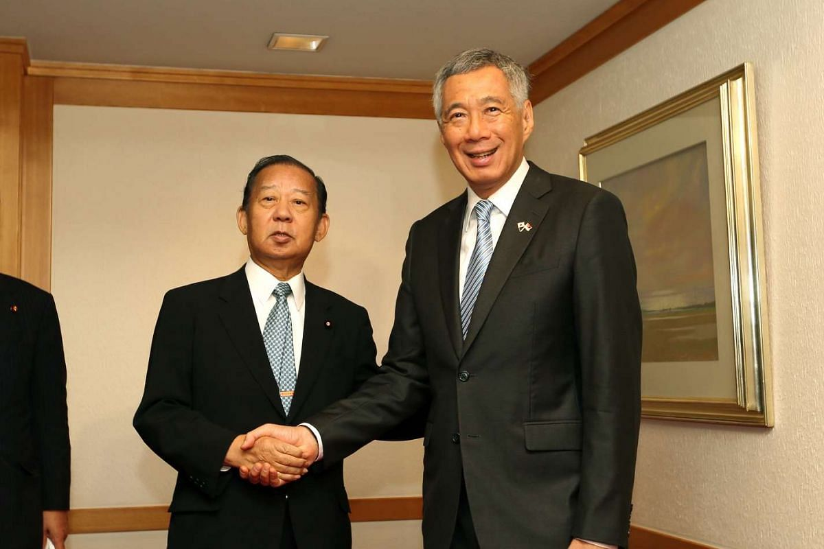 Prime Minister Lee Hsien Loong meet with Liberal Democratic Party (LDP) Secretary-General Toshihiro Nikai, at the Imperial Hotel, Tokyo on Sept 28, 2016.