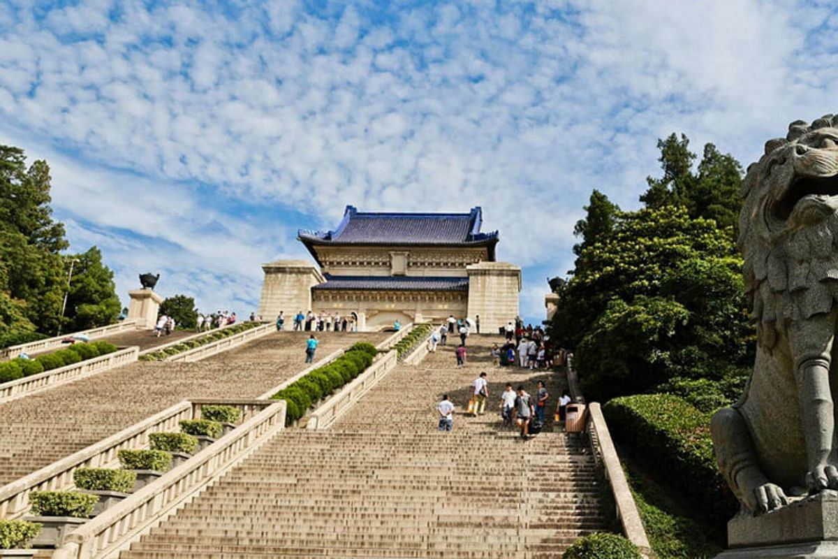 Sun Yat-sen Mausoleum: Situated at the foot of the second peak of Mount Zijin in Nanjing, Jiangsu province, it was completed in 1929 and designed by Lu Yanzhi.