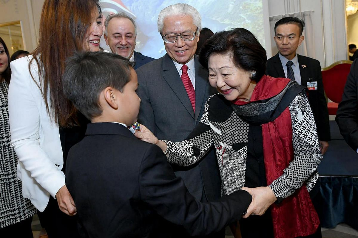 President Tony Tan and Mrs Mary Tan interacting with Singaporeans and their families at a reception in the Grand Hotel Oslo, Norway, on Oct 9, 2016.