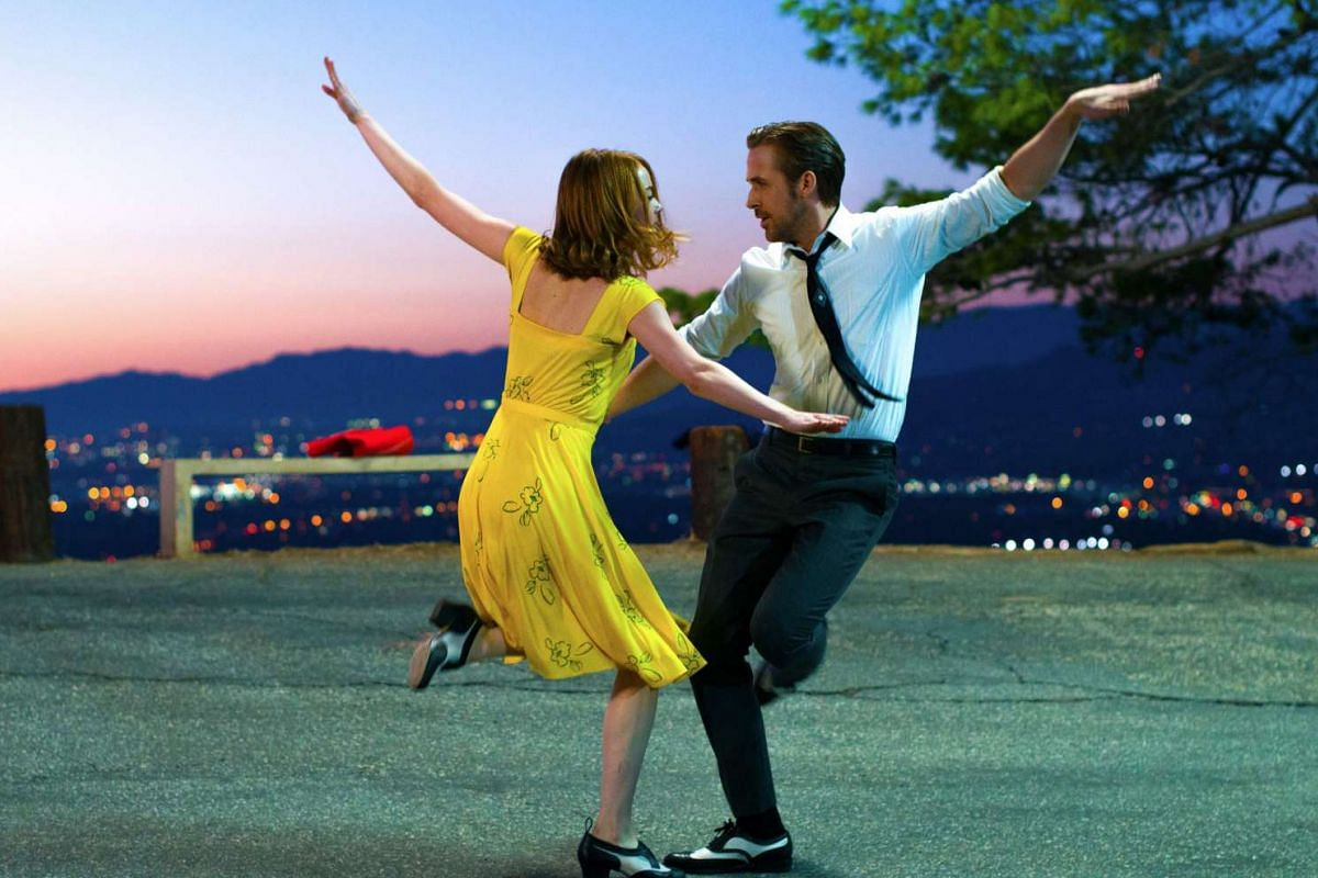 Emma Stone and Ryan Gosling star in La La Land, a sweet romance musical with a sincere affection for Tinseltown's golden age.