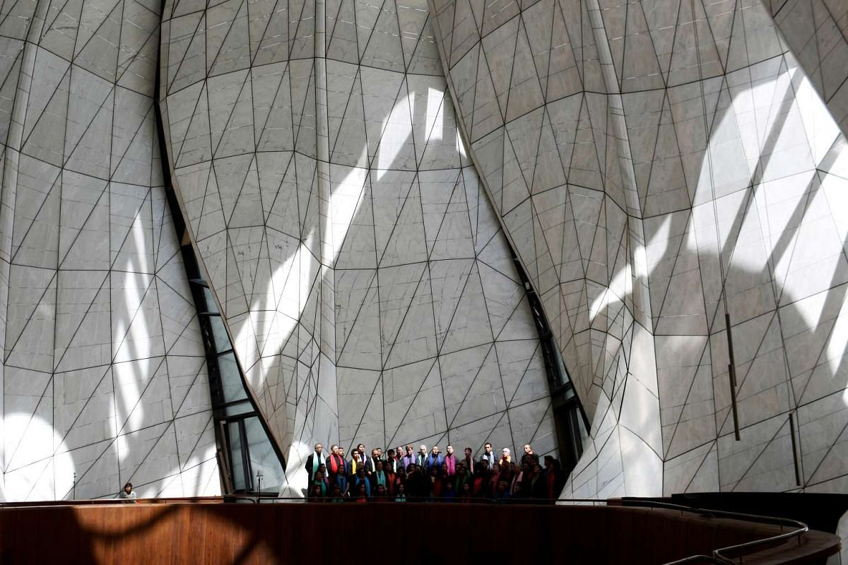 A chorus is seen inside of the first South American Baha'i temple during the inauguration in the commune of Penanolen on the outskirts of Santiago, Chile, October 13, 2016. PHOTO: REUTERS