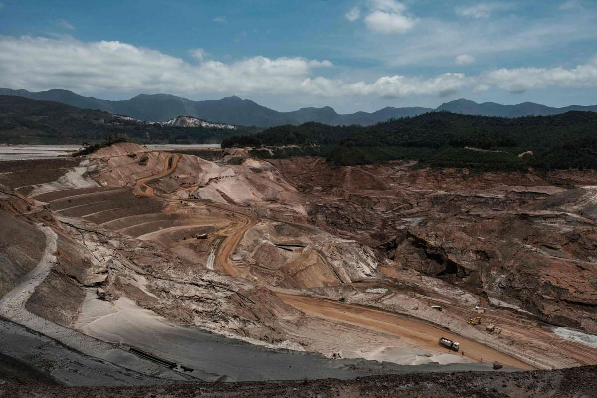 General view of the rebuilding site next to the collapsed iron ore waste dam of Brazilian mining company Samarco in Mariana, Minas Gerais State, Brazil on Oct 26, 2016.