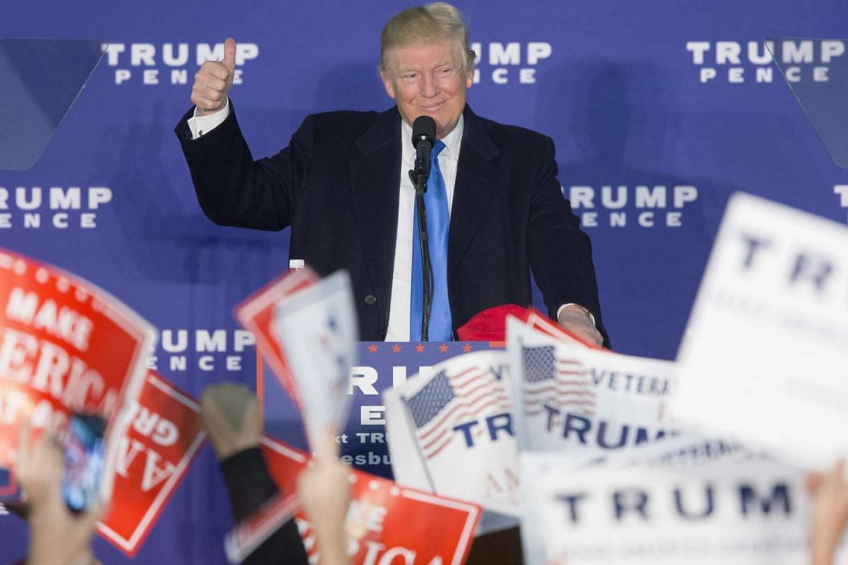 Republican presidential candidate Donald Trump campaigns at a rally at Loudon Fairgrounds in Leesburg, Virginia, on Nov 7, 2016.