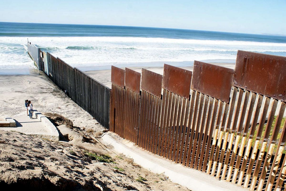 A general view of the fence in Tijuana, Mexico, on the border between Mexico and USA on Nov 10, 2016.