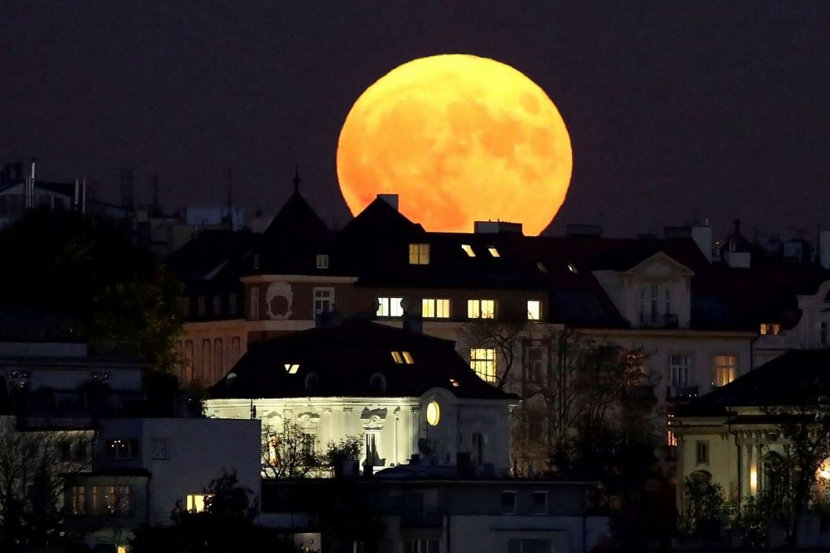The supermoon rises in Prague, Czech Republic, on Nov 14, 2016.
