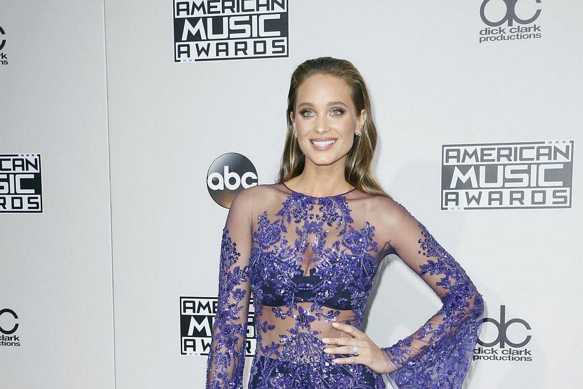 Hannah Davis arriving at the American Music Awards in Los Angeles, California, on Nov 20, 2016.