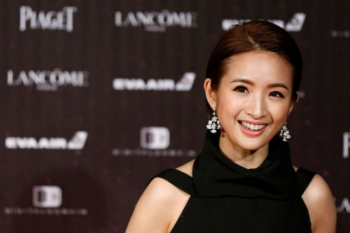 Actress Ariel Lin poses on the red carpet at the 53rd Golden Horse Awards in Taipei on Nov 26, 2016.