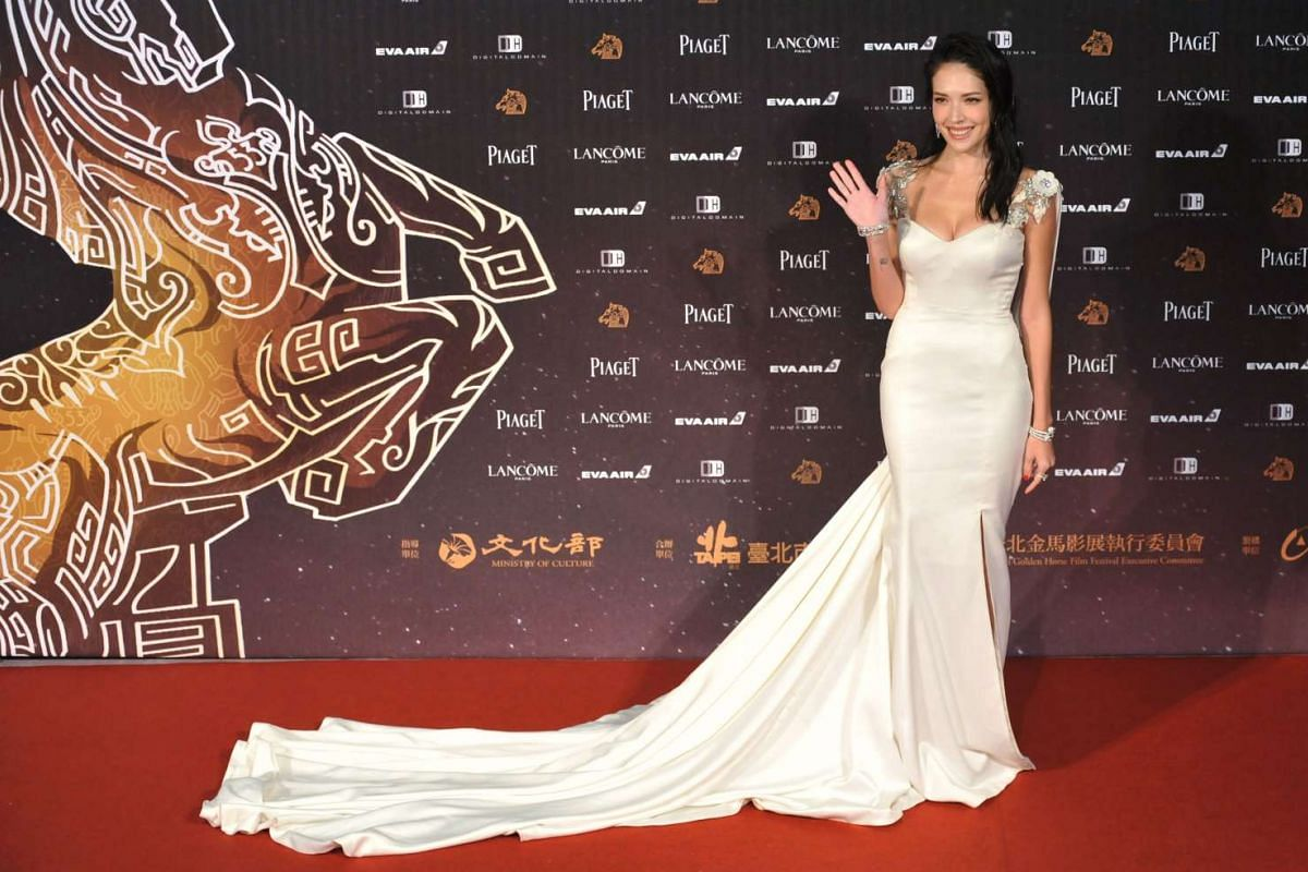 Actress Hsu Wei-ning arrives for the 53rd Golden Horse Film Awards in Taipei on Nov 26, 2016.
