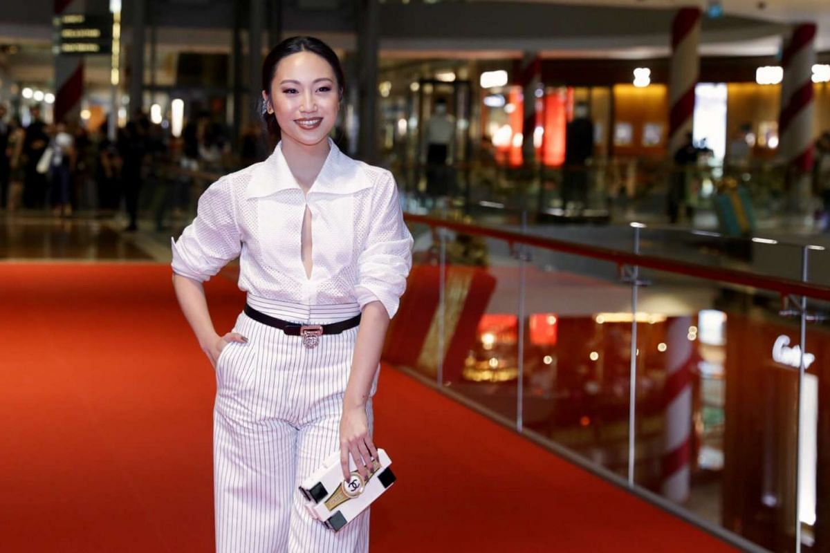 Award presenter and actress Oon Shu An at the red carpet of the Singapore International Film Festival's Silver Screen Awards.