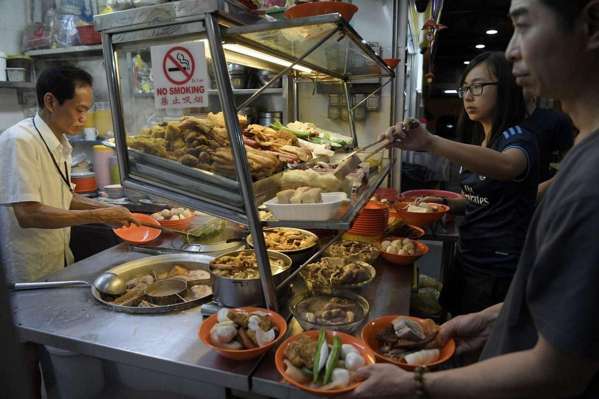 Soon Li Yong Tau Foo in Bukit Merah View opens for business past midnight and has a regular following of customers who flock there for supper.