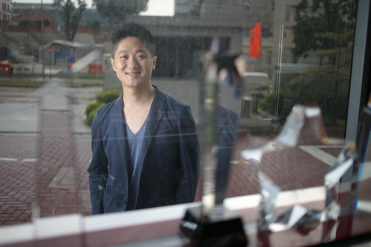 """About 90 per cent of Mr Teng Kenyuan's portfolio is made up of options. He picks firms with """"good economic moat"""", which means they have a competitive edge over others in their industry."""