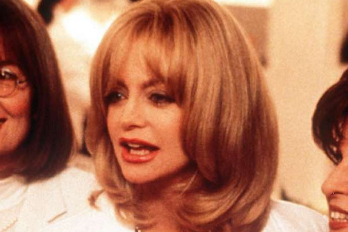 Goldie Hawn,(centre), in The First Wives Club