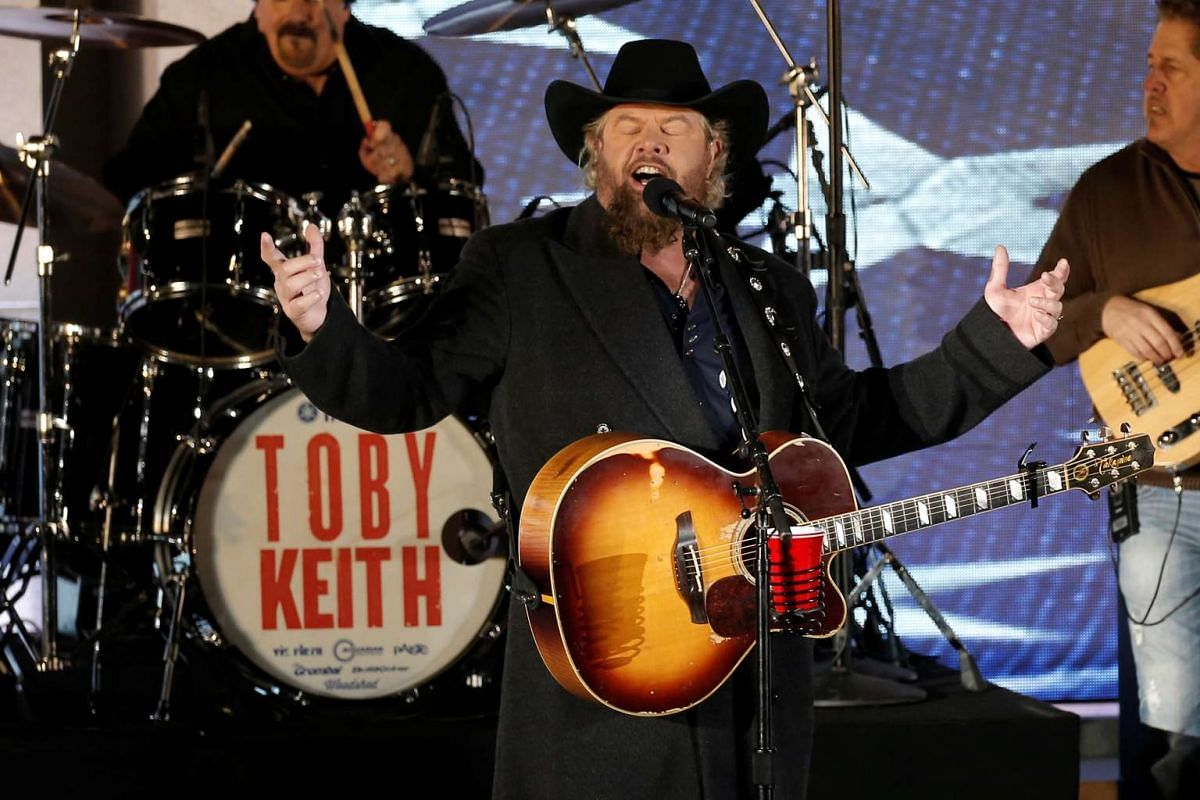 Toby Keith performs during a welcome celebration at the Lincoln Memorial in Washington, on Jan 19, 2017.