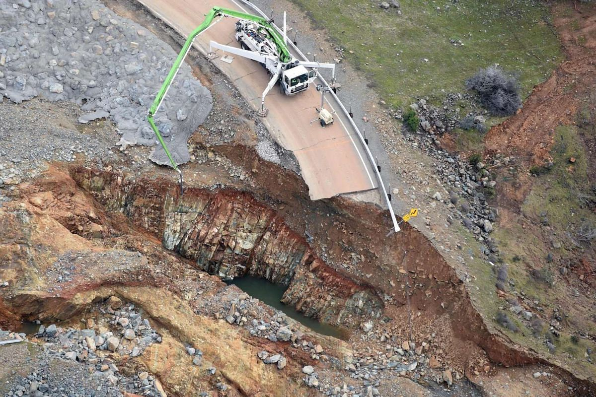 Crews working on a damaged section of the Oroville Dam in Oroville, California, on Feb 13, 2017.
