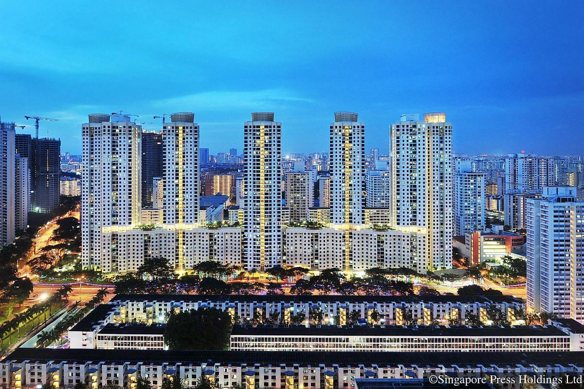 2011: Toa Payoh. New high rise, high density flats replaced the older flats under the Selective En-bloc Redevelopment scheme (SERS). Demand for flats in such mature estates are high as young couples setting up home want to live near their parents.