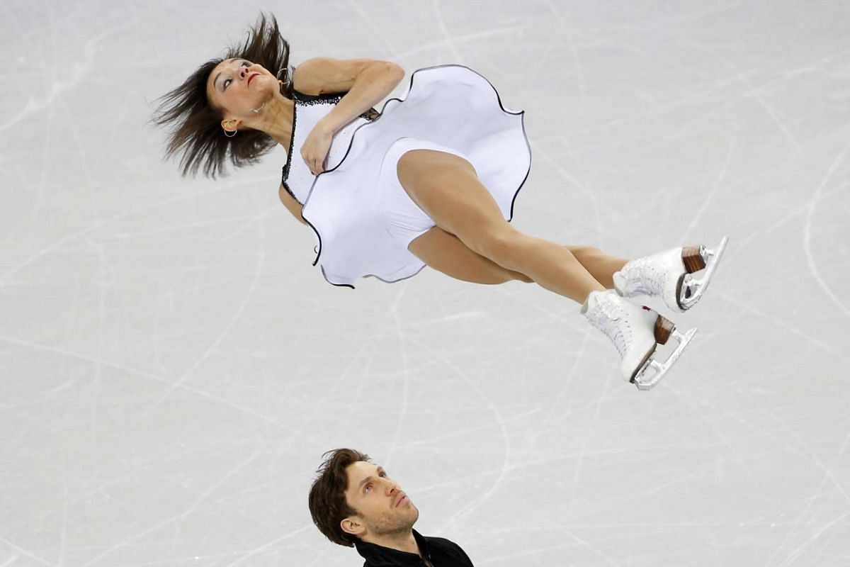 Liubov Ilyushechkina and Dylan Moscovitch of Canada compete in the Pairs Short Program at the SU Four Continents Figure Skating Championships 2017 held in Gangneung, South Korea on February 16, 2017. PHOTO:  REUTERS