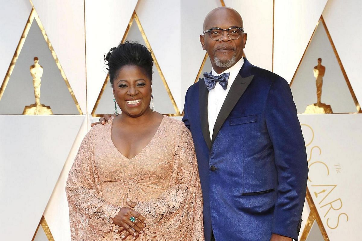 Samuel L. Jackson (right) and LaTanya Richardson arriving for the 89th annual Academy Awards ceremony.