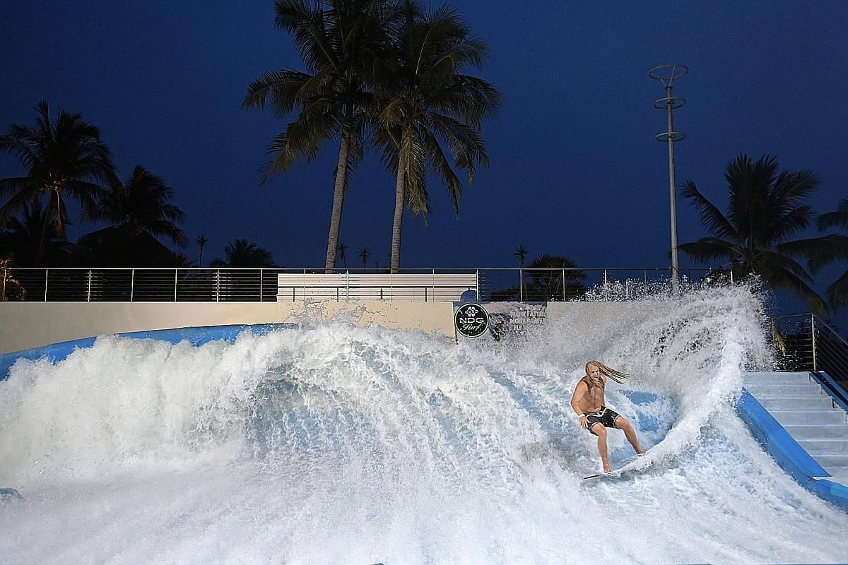 The sun may have set, but the waves still go on at the Wave House Sentosa. Tour Fort Siloso by night.