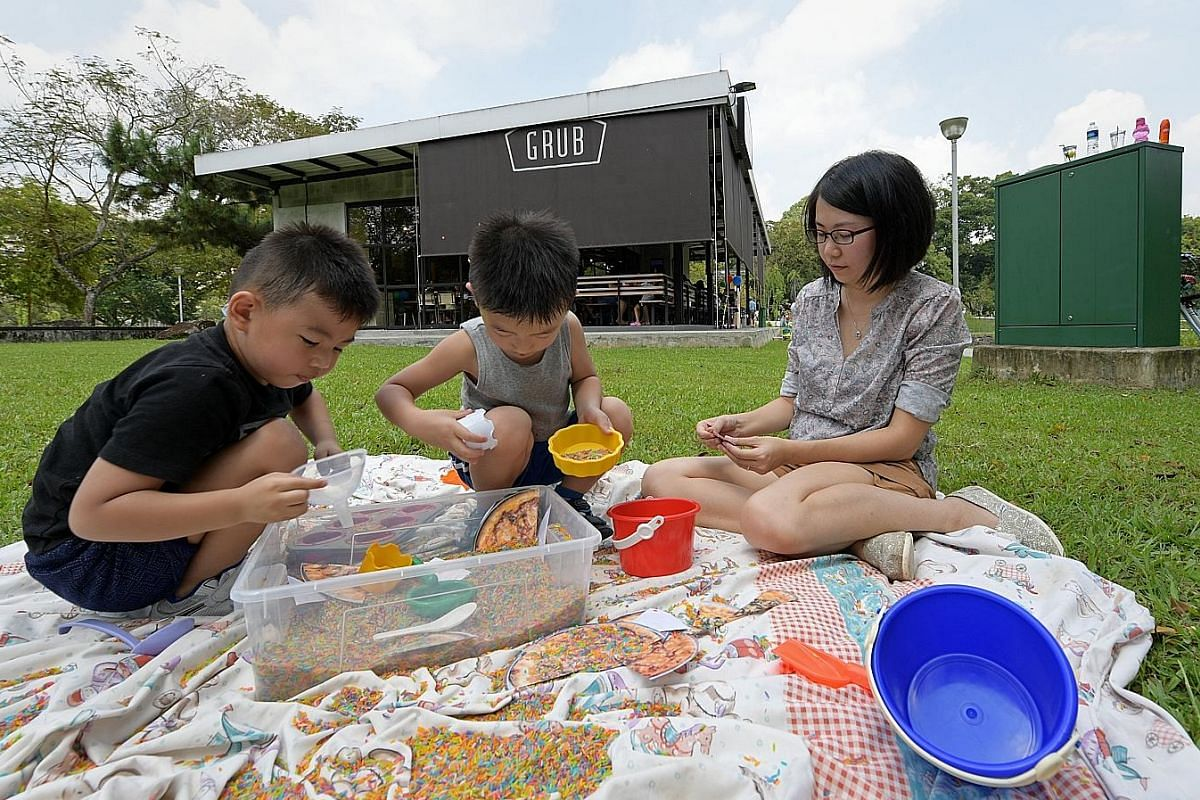 Grub at Bishan-Ang Mo Kio Park hosted several play events for kids. Here, a programmme facilitator watches the kids while they play. Montreux Jazz Cafe (above) has programmes run by a children's entertainment agency, while The Fullerton Hotel (left)