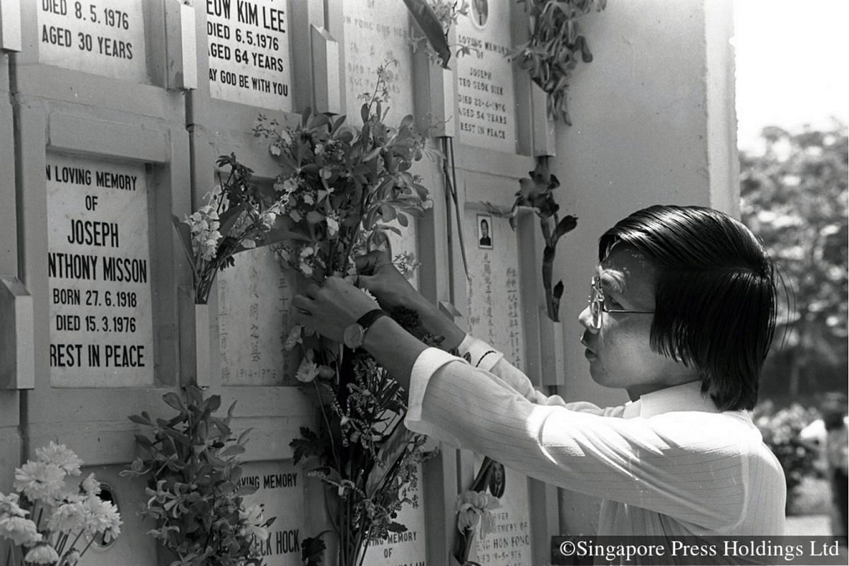 1980: For this visitor to the Mount Vernon Columbarium, flowers express heartfelt sentiments just as well.