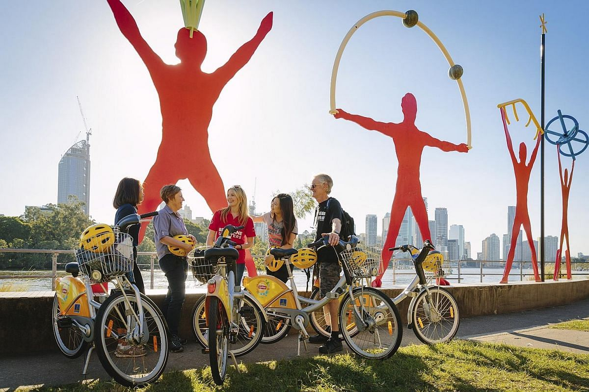 See Brisbane, Australia, on two wheels with volunteer tour guides.