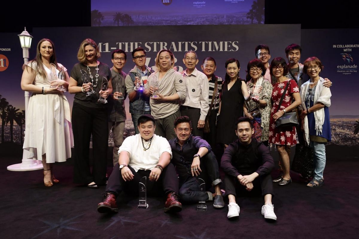 The winners of the 2017 M1-The Straits Times Life Theatre Awards pose for a group photo.