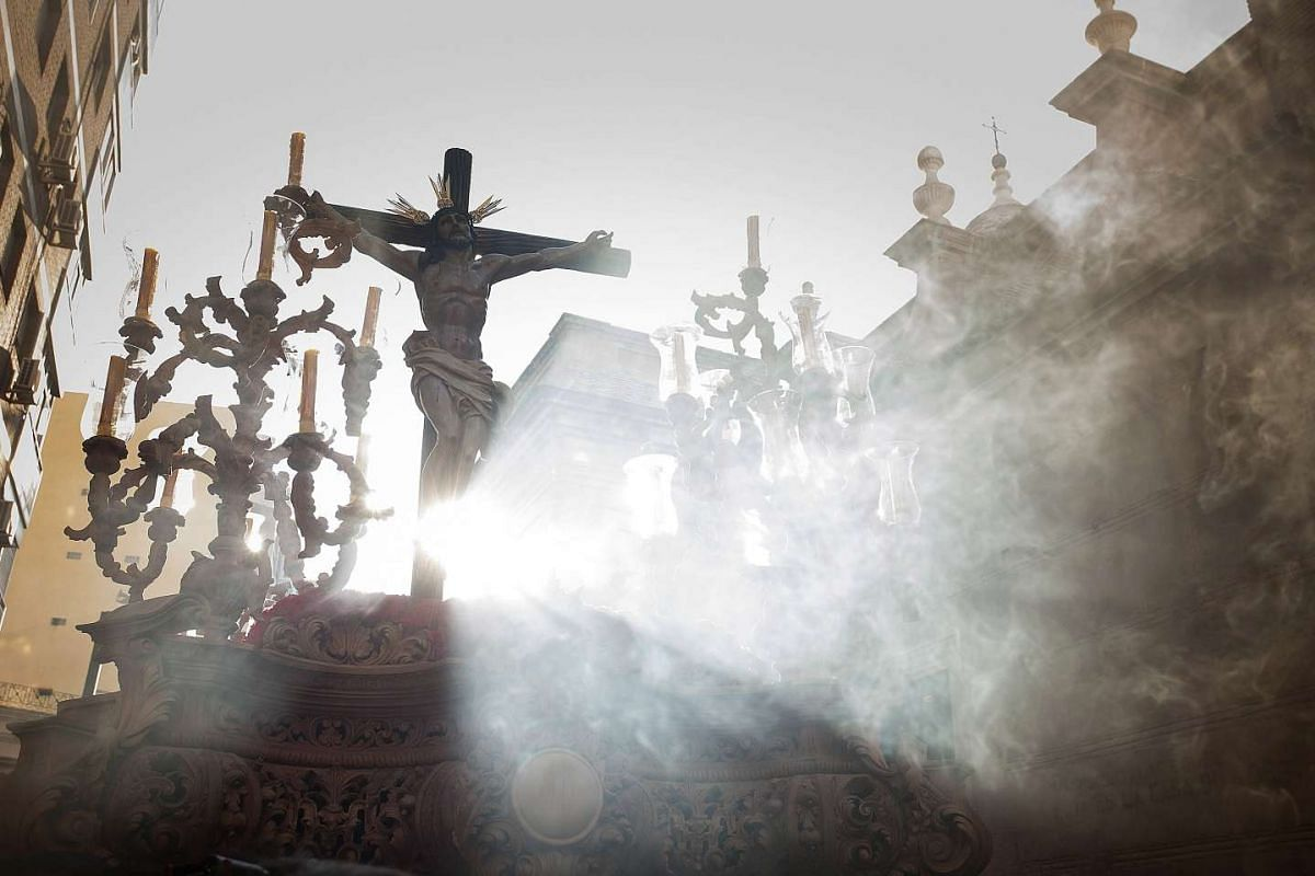 View of the Cristo del Amor scupture during the processions of the Holy Tuesday in Almeria, Andalusia Spain, on April 11, 2017.