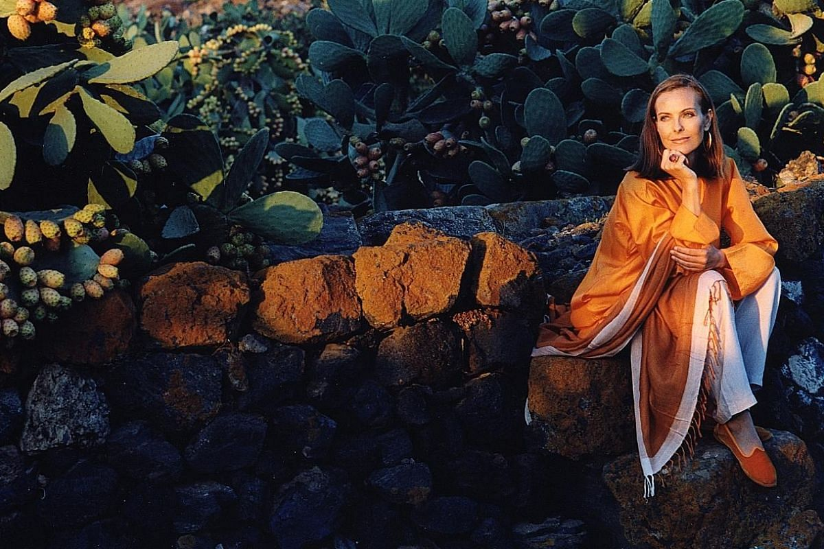 Located on the island of Pantelleria, Maison Carole Bouquet by actress Carole Bouquet (above) produces Passito di Pantelleria and Sangue d'Oro sweet wines.