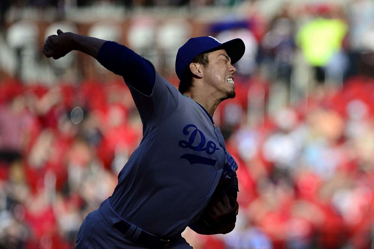 Los Angeles Dodgers starting pitcher Kenta Maeda (18) pitches during the first inning against the St. Louis Cardinals at Busch Stadium on May 30, 2017 in St. Louis, Missouri, USA. PHOTO: USA TODAY SPORTS