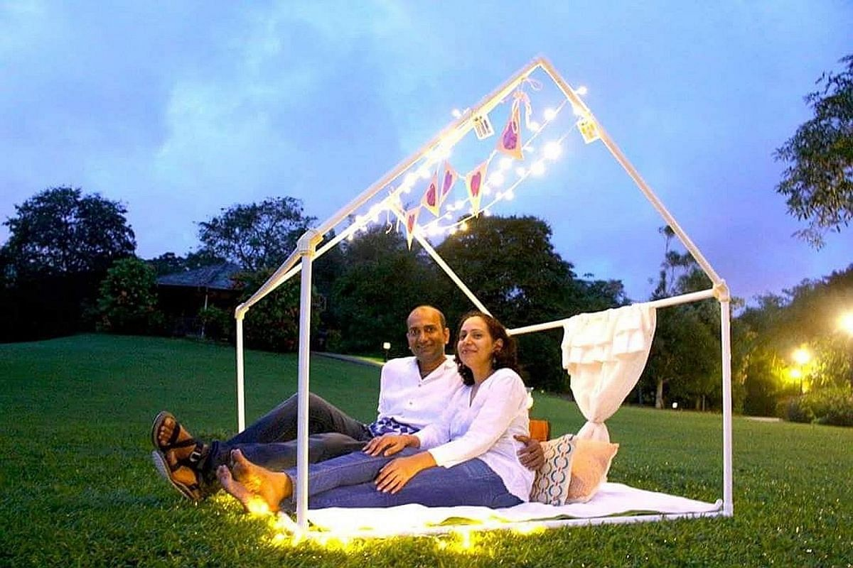 DateFyx.com founder Meenakshi Sharma and her husband Prasoon Kumar at one of the picnics they provide for clients.