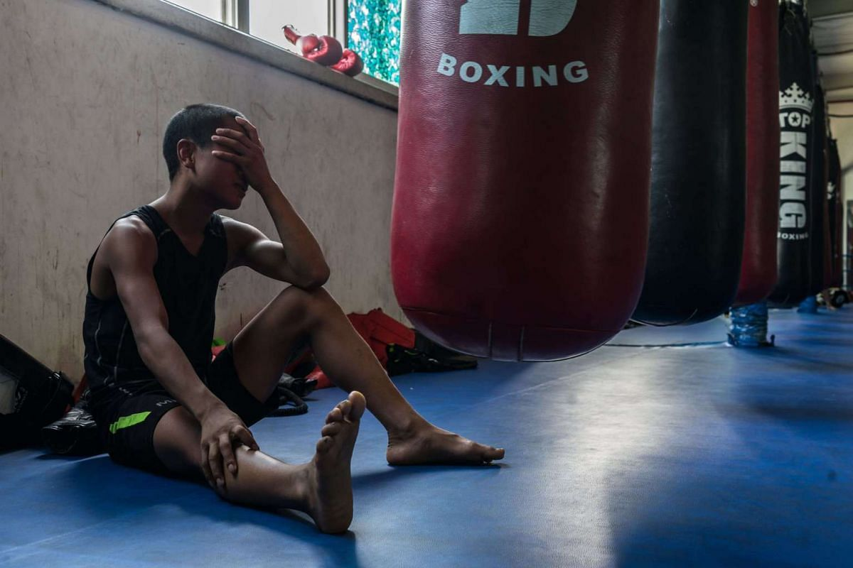 Ge Xi Peng Chu rests for a few moments during the afternoon training session, on May 25, 2017.