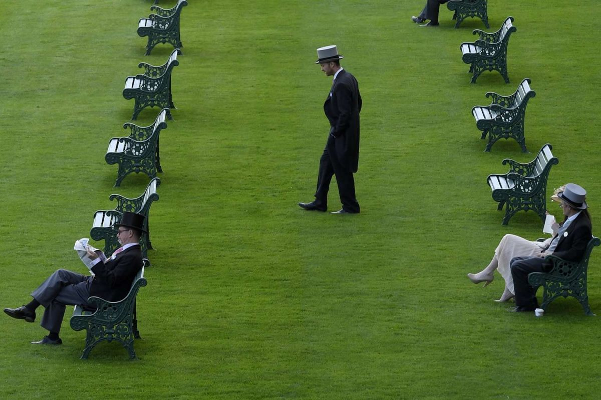 Racegoers before the races at the Royal Ascot 2017 in Britain on June 20, 2017