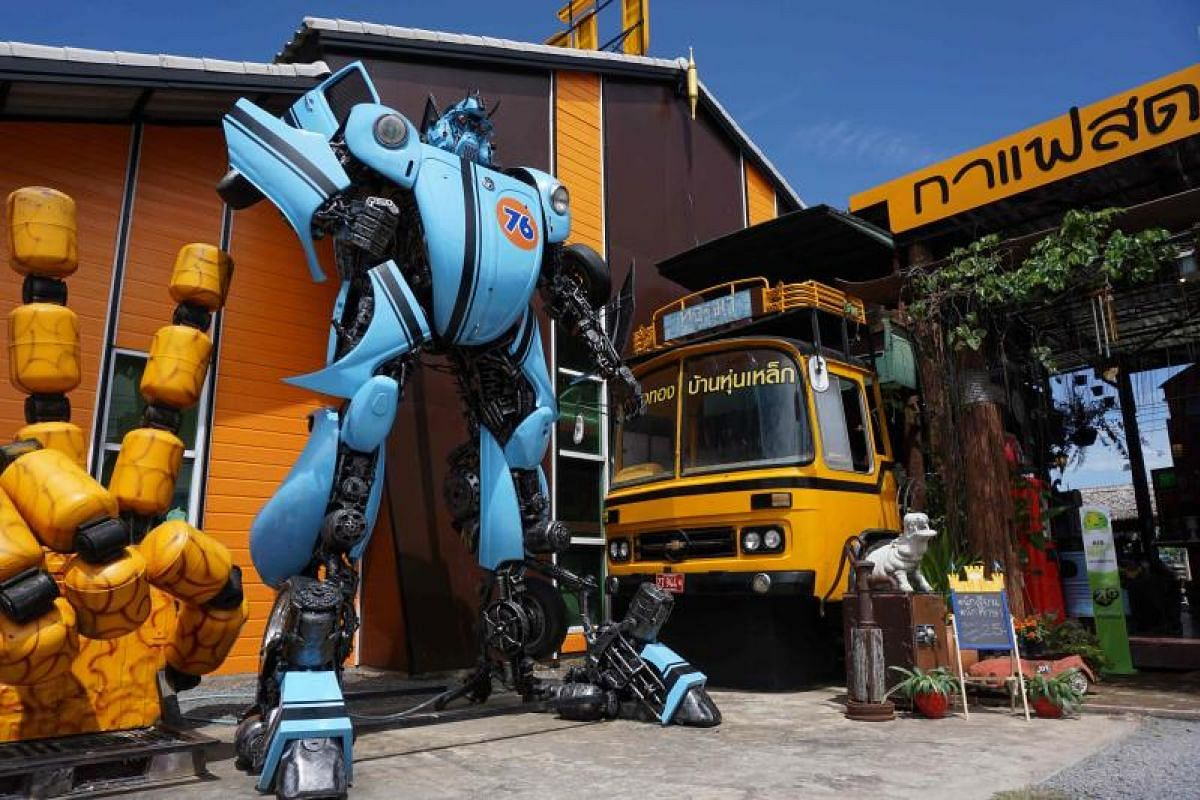 It's a super-duper creation - a robot inspired by the Transformers franchise - from Ban Hun Lek, a metalworks shop renowned for giant statues of Transformers, the Hulk and other pop icons, in the central Thai province of Angthong.