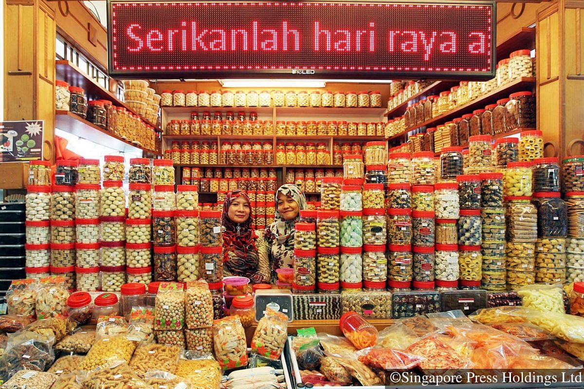 2012: Malay Singaporeans will take advantage of the favourable exchange rate to do their Raya shopping in Malaysia. A shop in a shopping mall in Johor Baru is stocked full of Raya goodies, ready for customers.