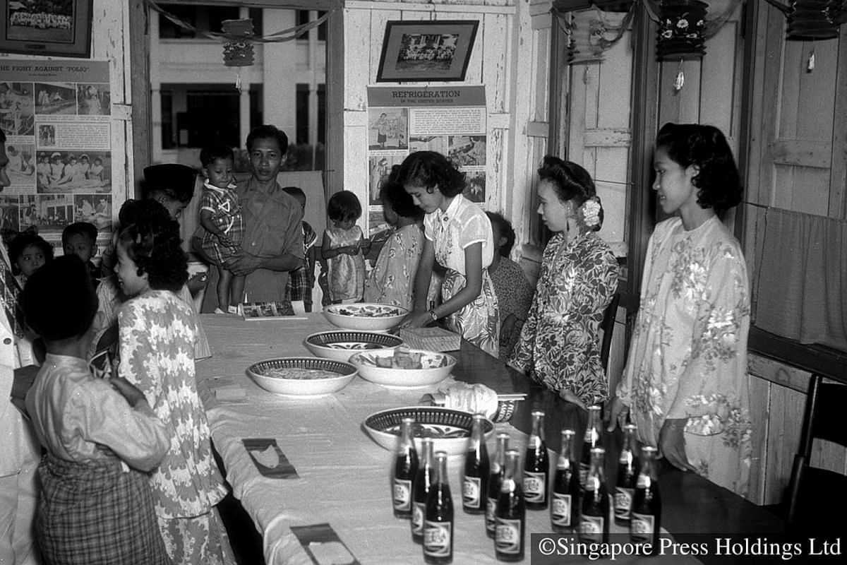 1951: Hari Raya children's party in Geylang Serai given by the Penang Benevolent Society, a charitable organisation.
