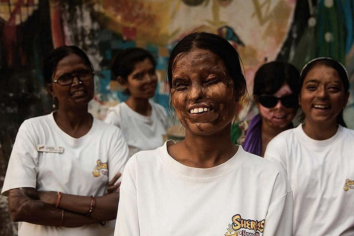 Sheroes Hangout in Agra is run by women who have survived acid attacks. India's Home Affairs Ministry said 147 women suffered acid attacks in 2015, but many attacks go unreported.