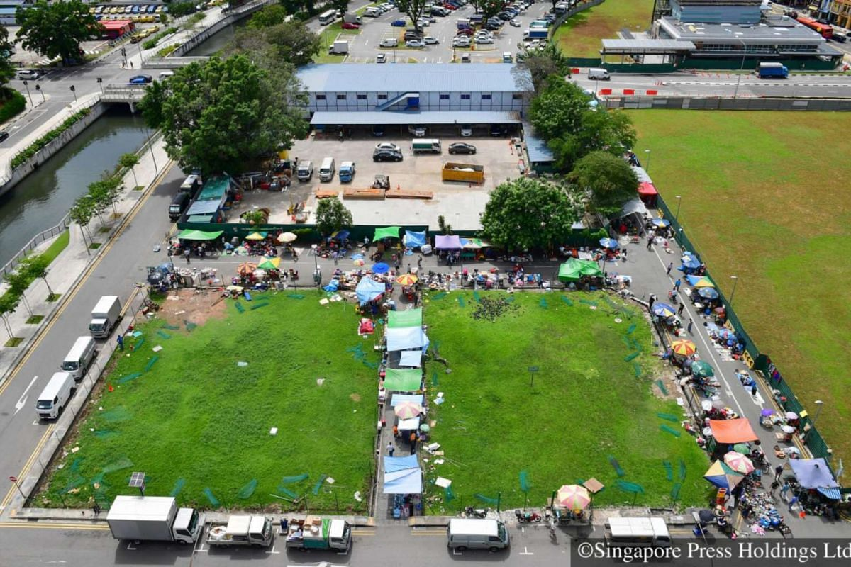 2016: Singapore's oldest and largest flea market will go off the map to make way for the upcoming Sungei Road MRT station which is expected to open in 2017.