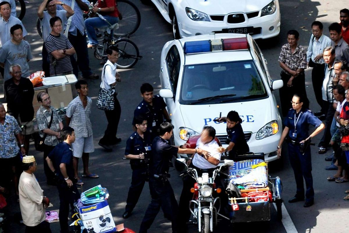 2009: Street drama at the Sungei Road Thieves' Market, including scuffles and arrests are not unusual.