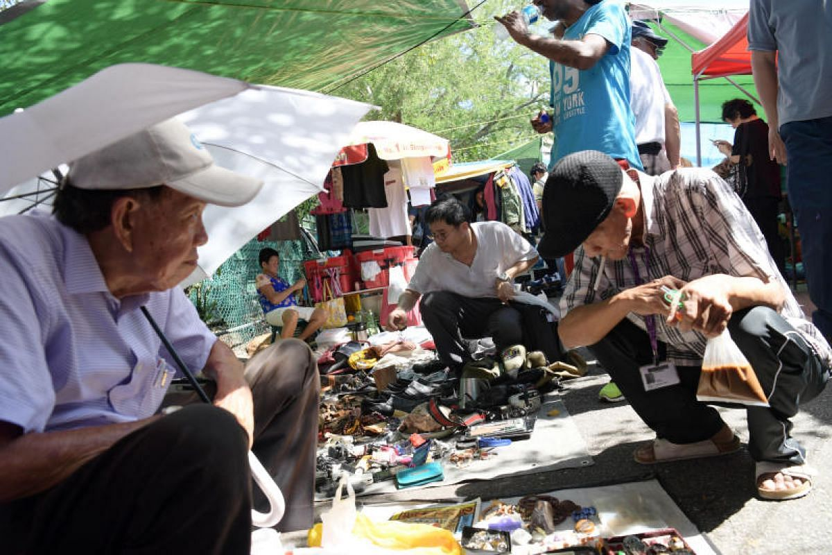 Last day and last chance to pick up bargains at the Sungei Road market.