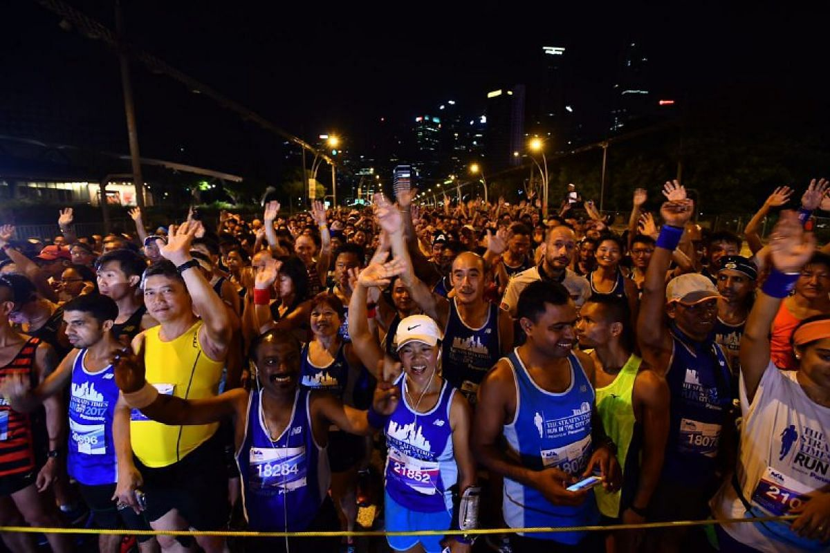 Runners cheer before the run.