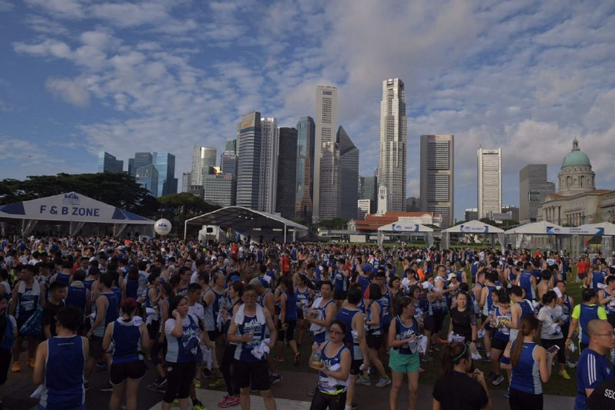 People gathering at the Padang after the run.