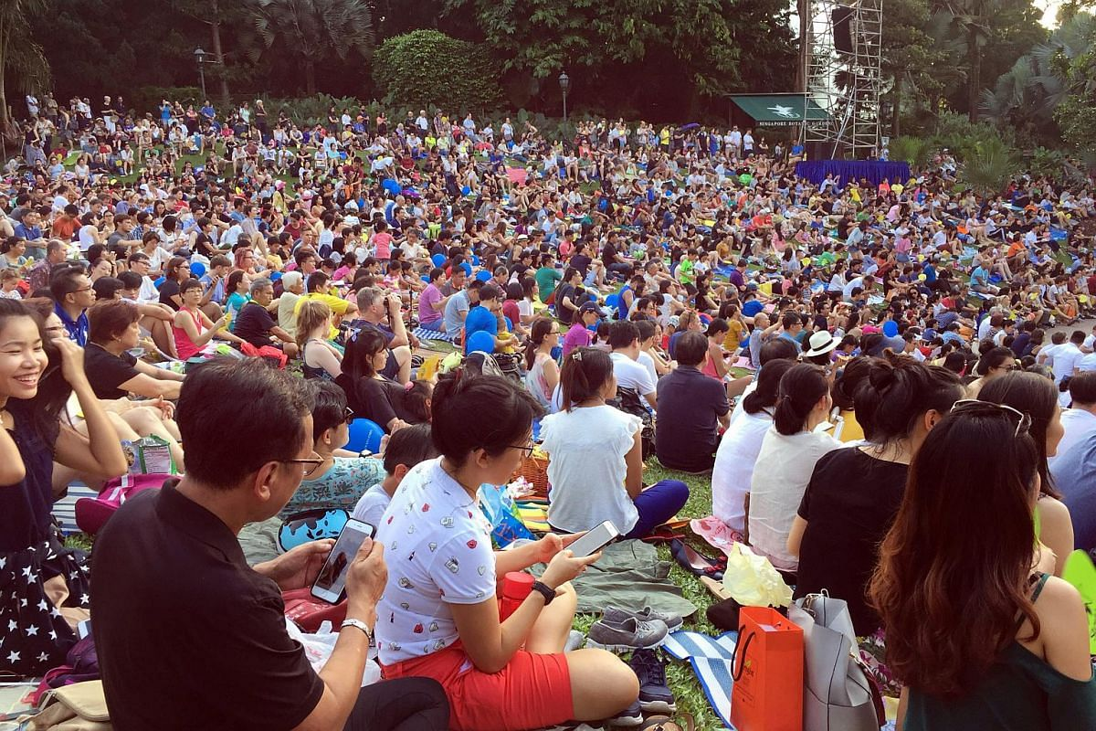 More than 10,000 people turned up for The Straits Times Concert in the Gardens on July 22.
