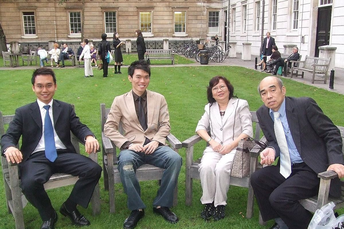 Mr Declan Ee (right), with his younger brother Darian, mother Teo Eng Ai and father Ee Kong Ngik at his graduation ceremony at University College London in 2006. Mr Declan Ee (left) with his now wife Sheryl Ang and former flatmate Jason Er during a s