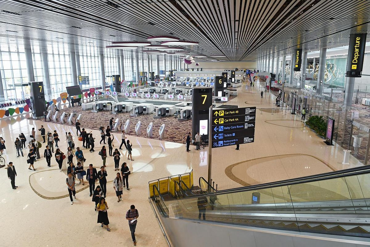 The departure hall of Terminal 4, which has a ceiling height of 25 metres with a gross floor area of 225,000 sq m.