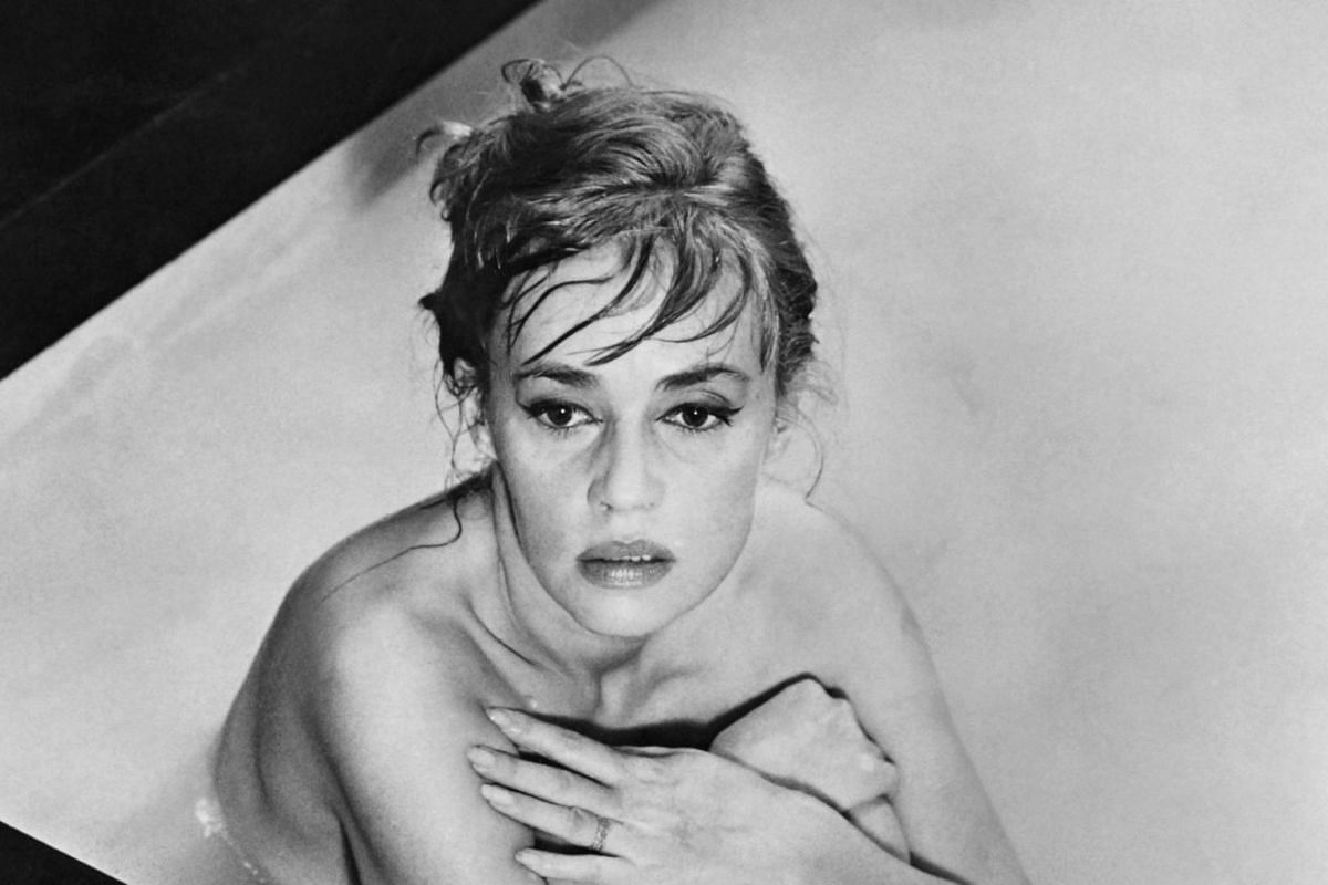 Jeanne Moreau poses on the set of the film Eva, directed by Joseph Losey, in Venice on Nov 1, 1961.