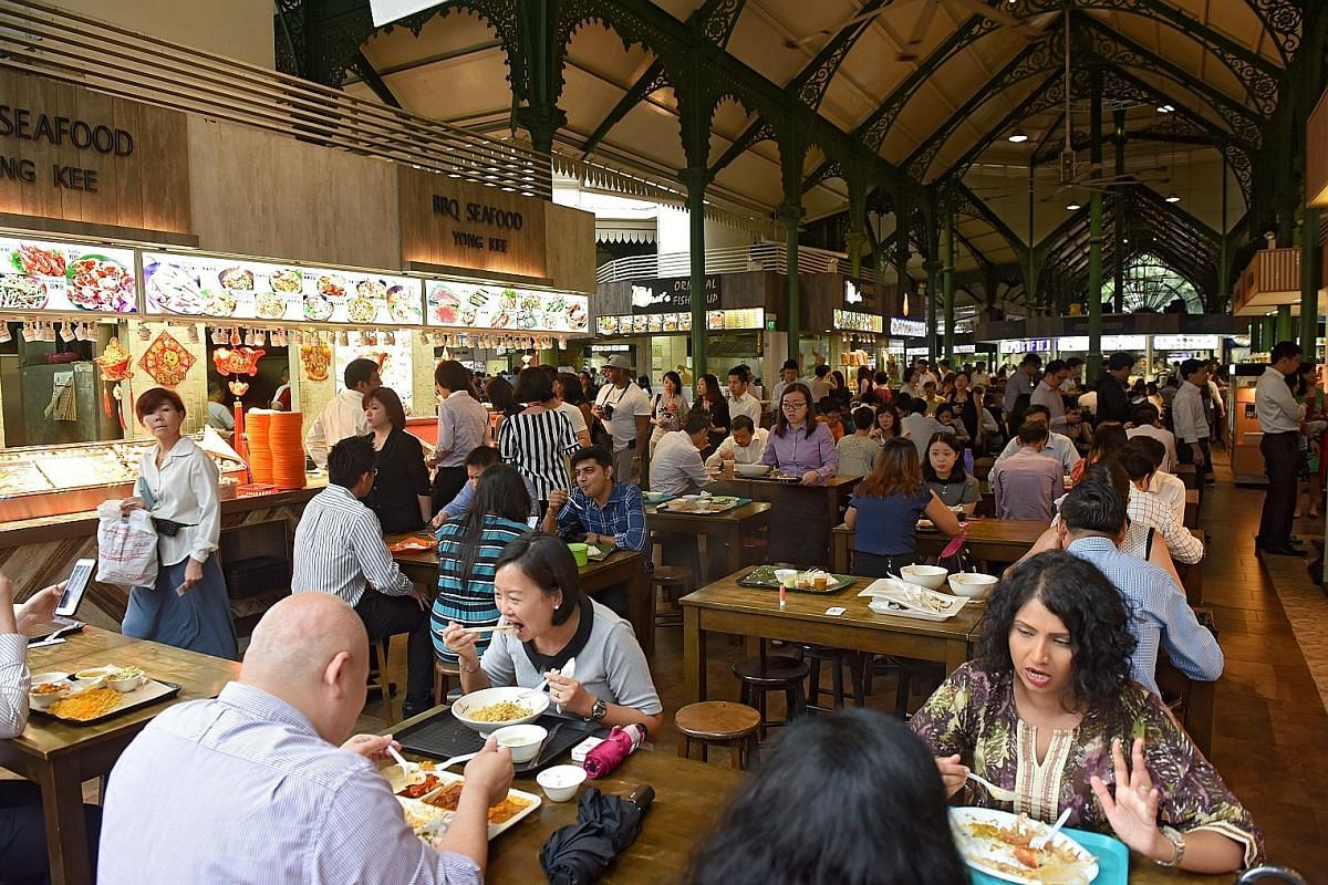 Hawker food delivery services allow customers to enjoy a meal without having to endure long queues and crowds at hawker centres.