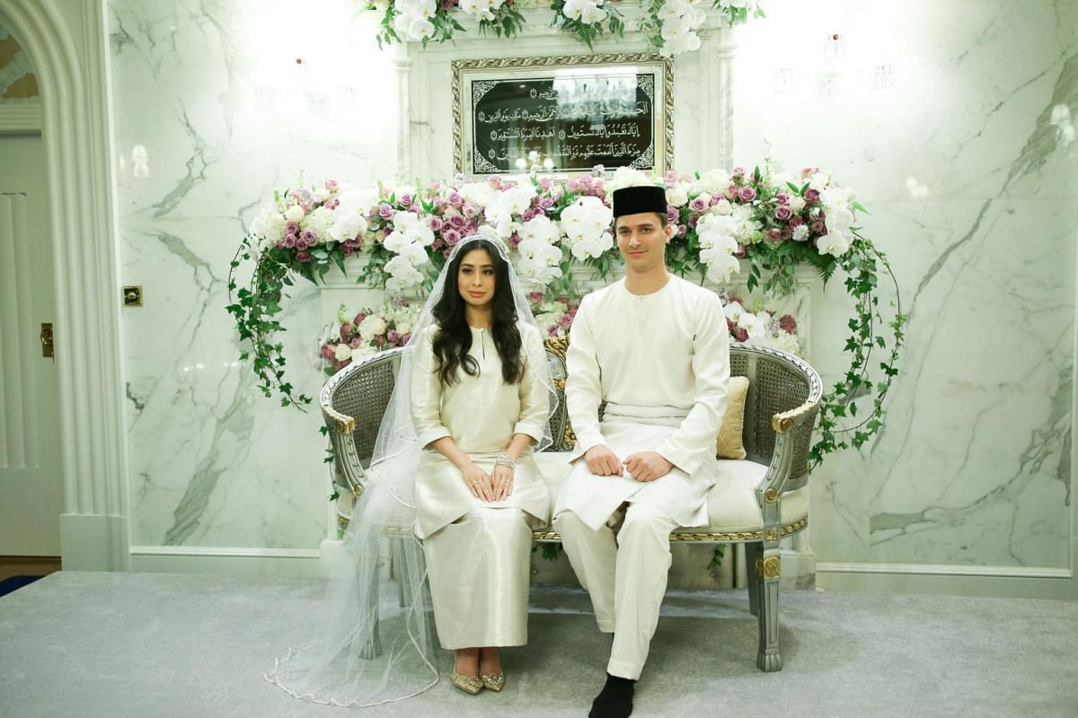 First official picture of Dennis Muhammad and Tunku Tun Aminah as husband and wife.