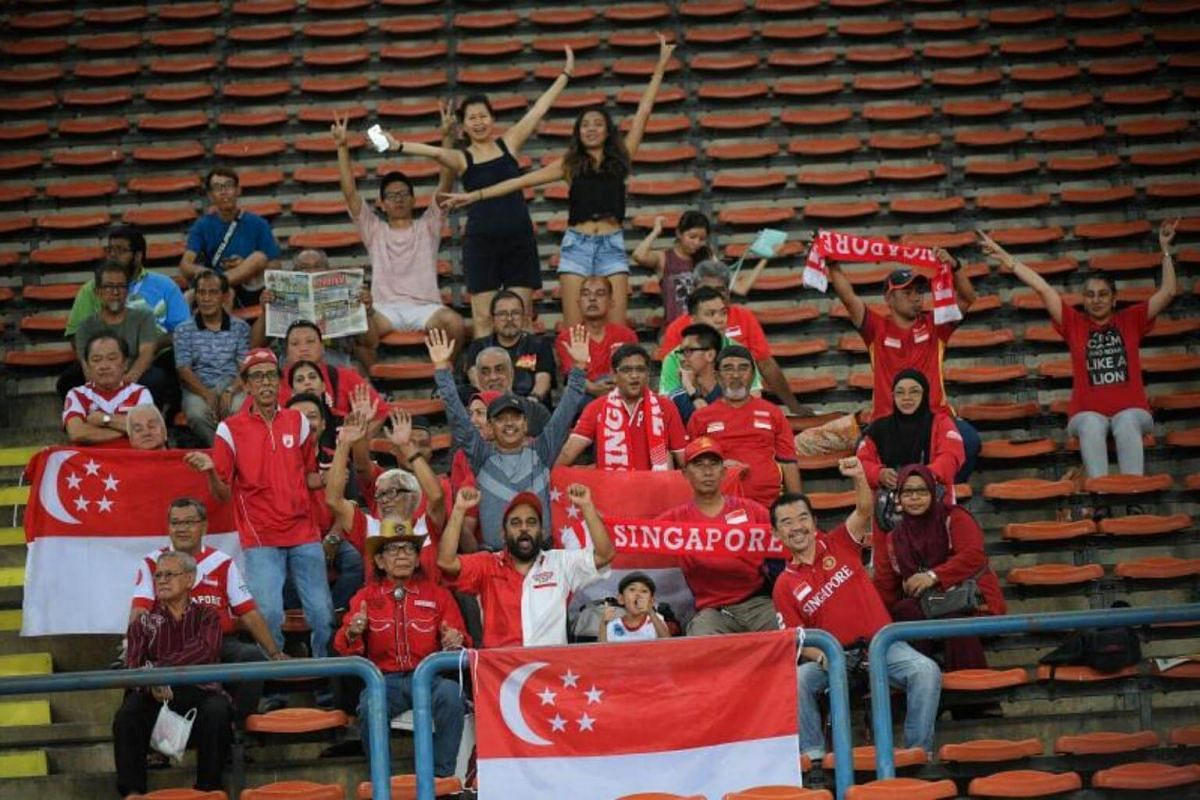 Singapore fans seen during the SEA Games football match between Singapore and Malaysia on Aug 16, 2017.