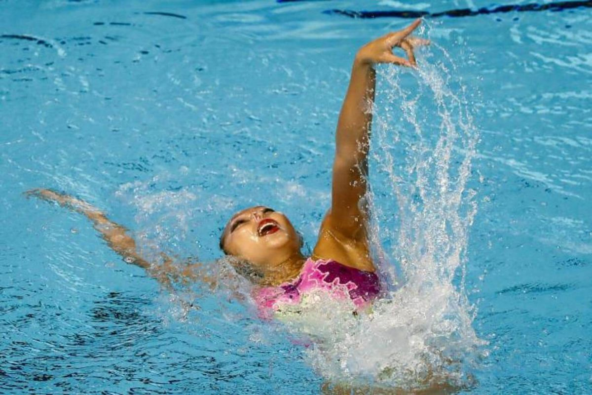 Soh Li Fei of Singapore performs during the SEA Games 2017 Solo Synchronized Swimming events in Kuala Lumpur, Malaysia on Aug 17, 2017.
