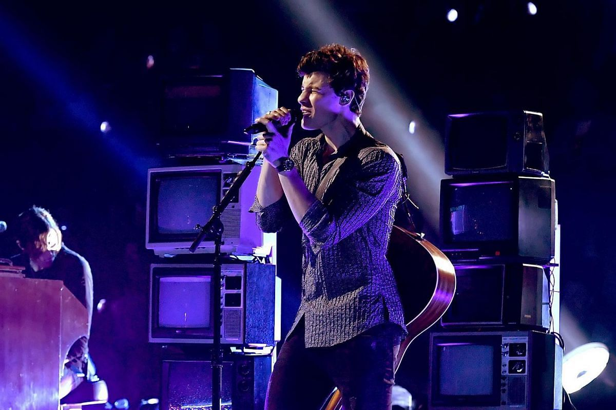 Shawn Mendes performs onstage during the 2017 MTV Video Music Awards on Aug 27, 2017.